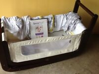 Cozi cot plus snozzi pod bedding good as new ... Some bedding new with tags,