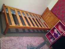 Pine wood single bed Figtree Wollongong Area Preview
