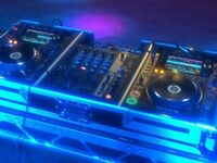 Pioneer CDJ 2000s Nexus 2 (2017) & DJM 700 mixer in Flight Case