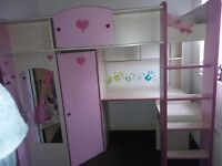 Pink Girls Bedwithout matters, good condition