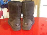 UGG Boots size 8.5 UK in dark brown