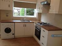 2 bedroom house in Dalton Street, Manchester, M35 (2 bed)