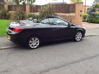 CONVERTIBLE ASTRA 2007 VAUXHALL ASTRA 1.6 TWINTOP CONVERTIBLE 62000 MILES,YEARS MOT,BARGAIN BUY.