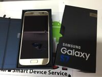 Samsung Galaxy s7 gold mint condition
