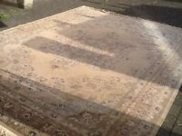 100%wool superb quality,excellent condition carpet rug 1cm deep,dense-vacuumed and cleaned