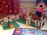 Lego horse and stable set