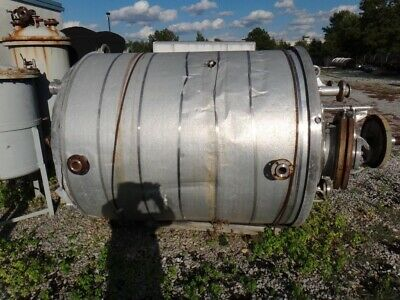 979 Gallon 304 Stainless Vertical Pressure Vessel Tank
