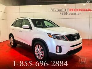 KIA Sorento 2014 LX + V6 AWD + BLUETOOTH + BAS MILLAGE !!!