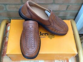 Mens Leather Paddler Shoes Size 6 BNIB