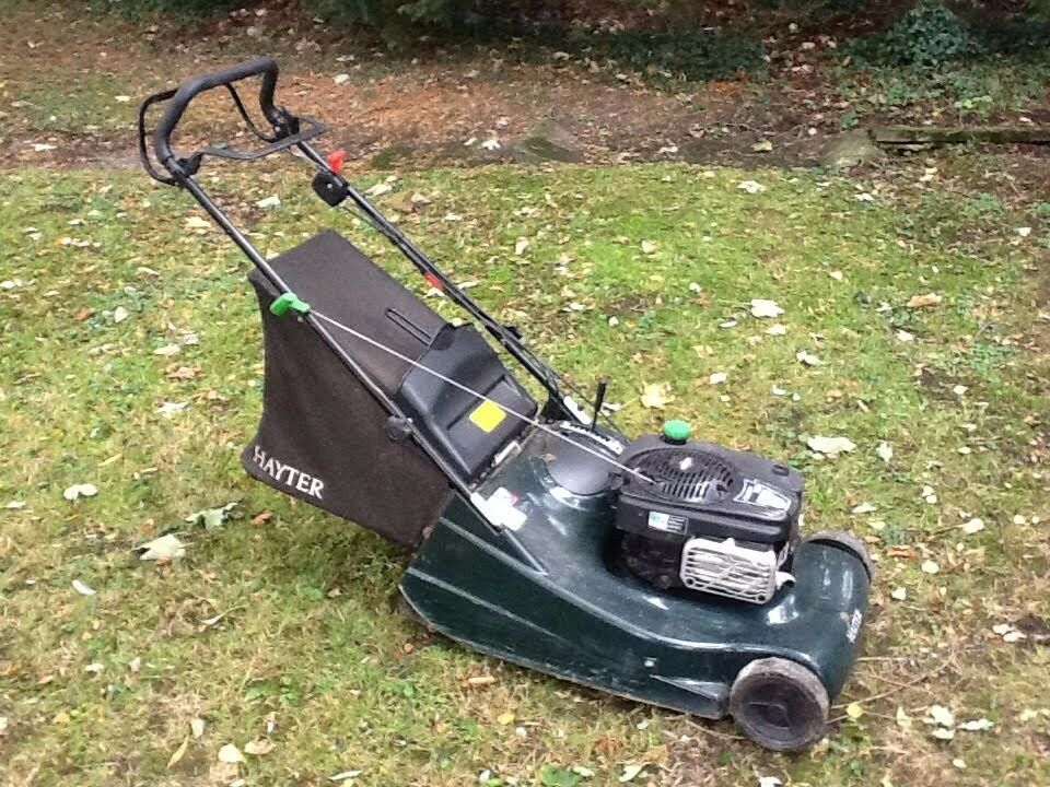 Hayter Harrier 56. Nearly new petrol lawnmower. Little used and recently serviced