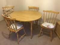 Oak Round Dining Extending Table & 4 Chairs