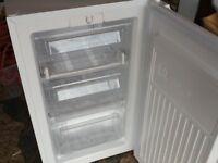 Freezer,under counter