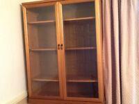 Display unit / bookcase