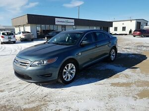 2010 Ford Taurus SEL RIDE IN STYLE!!