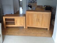 Solid oak sideboard/cabinet and tv unit