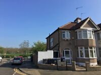 Double room for single occupancy in a newly renovated house in Dollis Hill