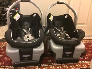 Doubles Stroller with two car seats