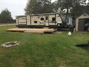 2013 Sunset camping trailer