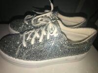 Women's glitter shoes