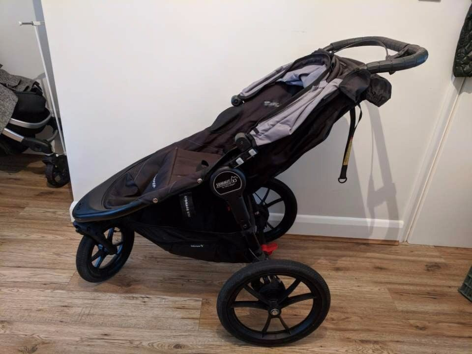 Baby Jogger Summit X3 With Raincover And Maxi Cosi Carseat Adaptors Terrific Condition In Stratford London Gumtree