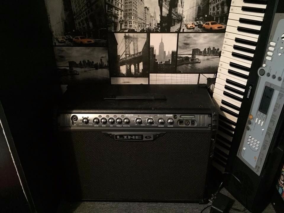 LINE 6 SPIDER III 120W AMP