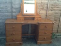 Pine Dressing Table with freestanding mirror