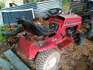MTD 14/44 TWIN CYLINDER RIDE-ON RIDE ON RACE MOWER WRECKING Trafalgar Baw Baw Area Preview