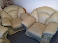 Cream leather sofa and 2 armchairs suite