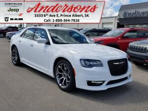 2017 Chrysler 300 S *Sunroof/Command Start*