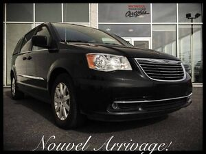 CHRYSLER TOWN & COUNTRY TOURING 2016 ~ 7 Passagers | DVD | S