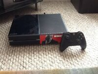 Xbox one 500 GB. 1 wireless controller & 2 games