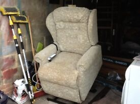 Electric Reclining Chair. V.g.c. Hardly used.