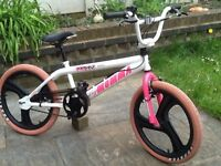 Big momma rooster girls bmx stunt bike