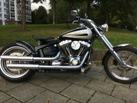 HARLEY DAVIDSON ROCKER C CUSTOM PAINT AND PARTS ! £9995 MAKE OFFERS BARGAIN