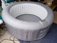 CleverSpa Oceana 6 Person Hot Tub A- (Used, underlay missing)