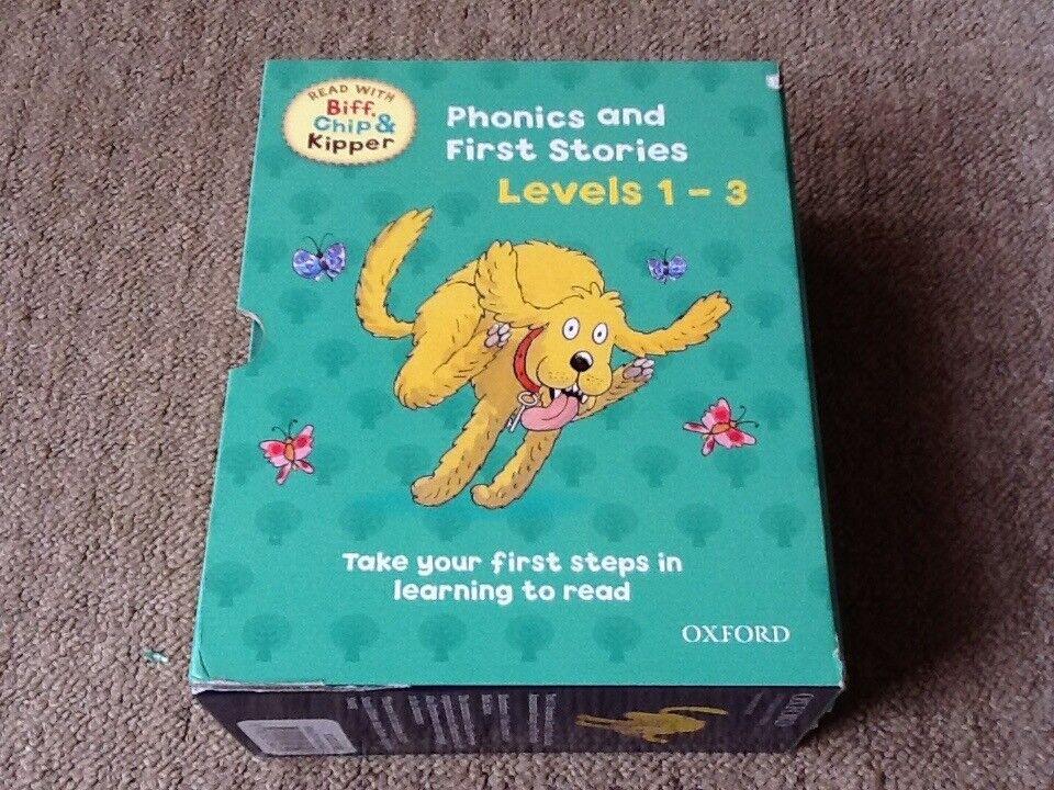 Biff, Chip & Kipper Phonics and First Stories Levels 1-3 Book Set