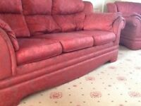 3 piece suite, in good condition, damask print