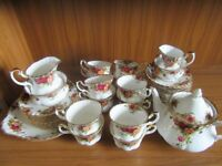Royal Albert 'Old Country Roses' 43 piece Tea set