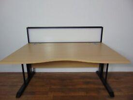 Oak Wood Wave Desk