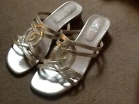 Clarks gold leather sandles size 6