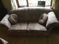 3 piece suite -3 seater settee and 2 armchairs