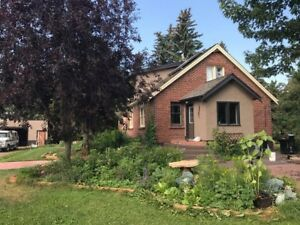 LOOKING FOR ROOMMATE ON 80 ACRE FARM - LEDUC COUNTY