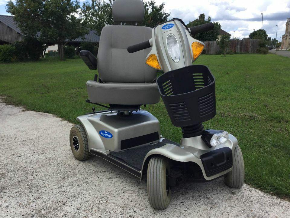 Fauteuil électrique scooter 4 roues personnes handicapées  royal maxi