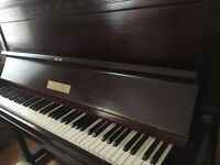 Remington - Beautiful*Upright*Piano