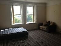 LARGE ROOM TO LET... IN FULLY FURNISHED, QUIET, CLEAN HOUSE INCLUDING ALL BILLS