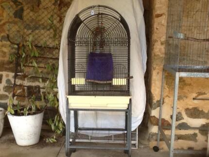 Patio Aviary - Good as new!!