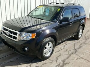 2011 Ford Escape GREAT SUV WITH SOLID PERFORMANCE AND AGGRESS...