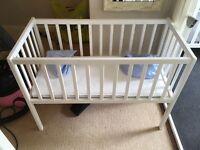 White cot / crib mini
