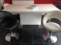 Sanza white gloss extendable table with 6 leather chairs