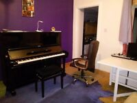 Claire Blanchard Piano Teacher for all ages & abilities in Central Falkirk